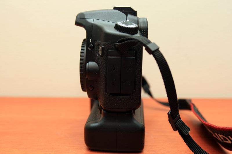 Canon EOS 40D - Left side