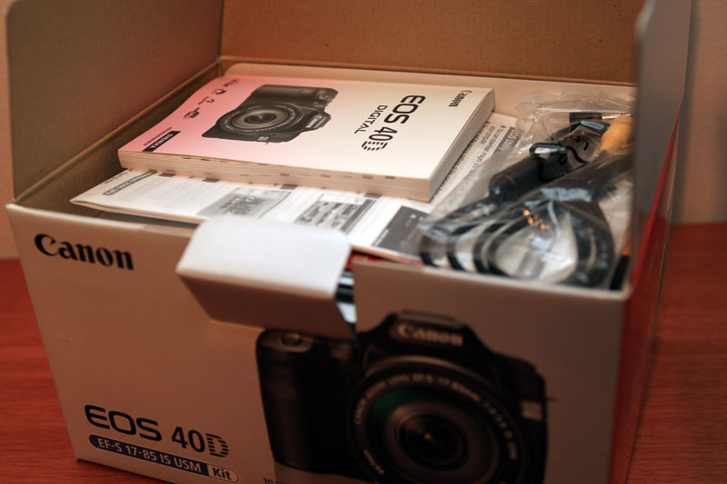 Canon EOS 40D - Original box (kit lens not included!)